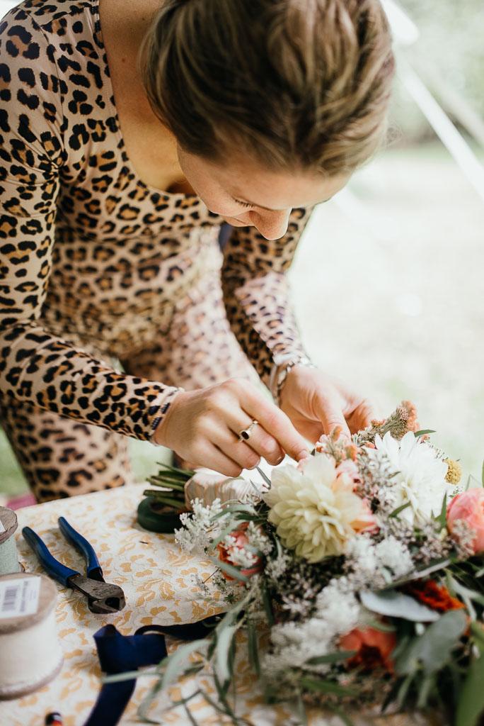 Intimate wedding seattle11.jpg
