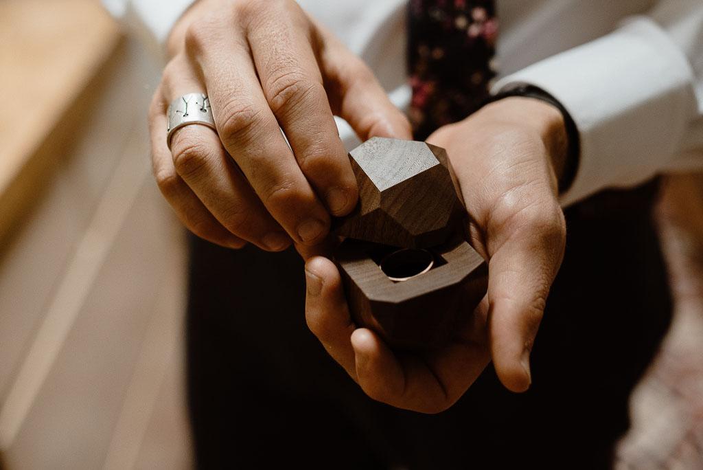 Intimate wedding seattle91.jpg