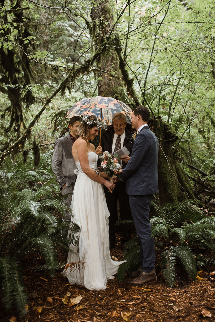 Intimate wedding seattle12-3.jpg