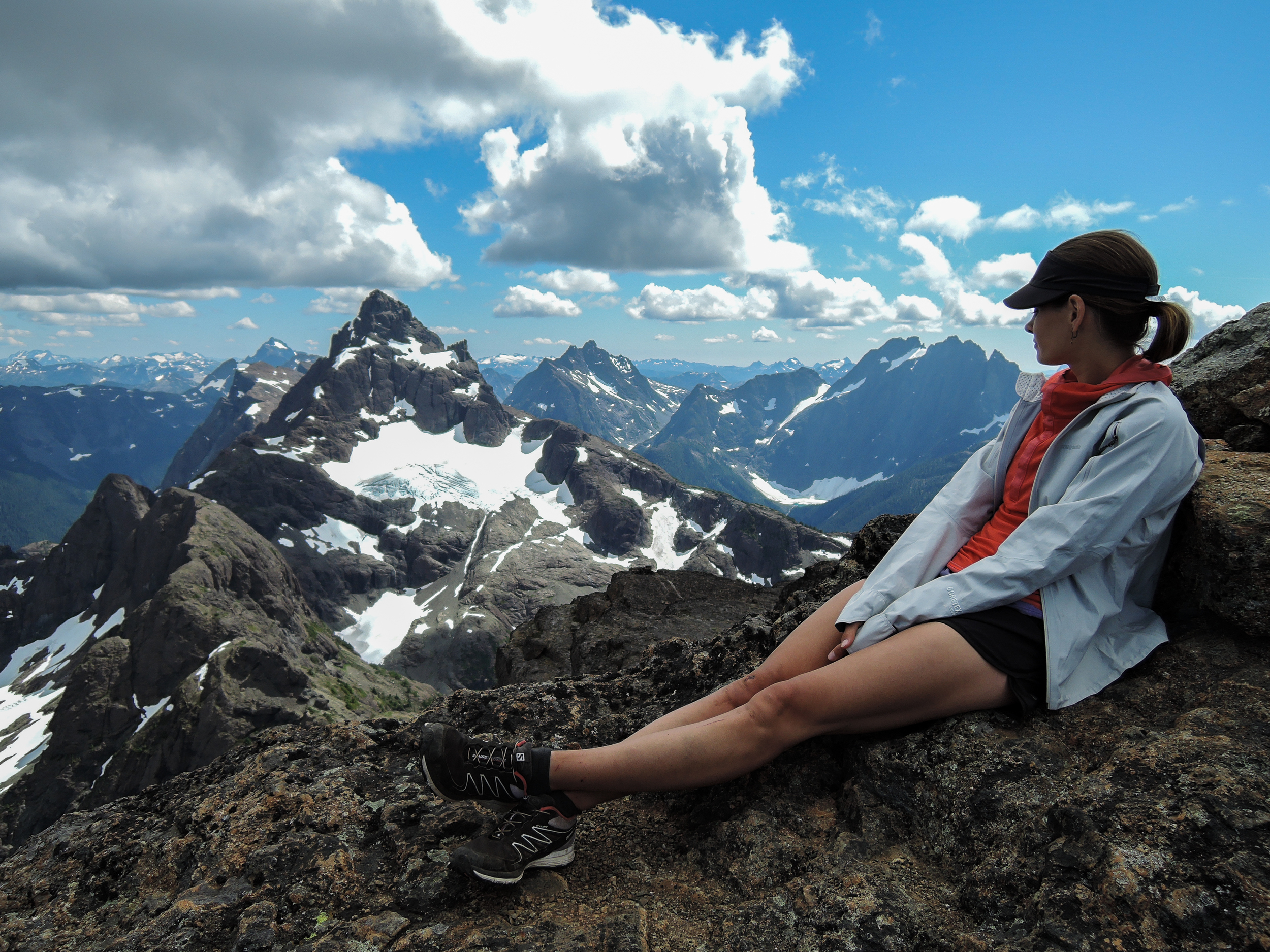 Jennie atop Kings Peak, overlooking Elkhorn Mountain and the rest of central Strathcona Provincial Park's Elk River range