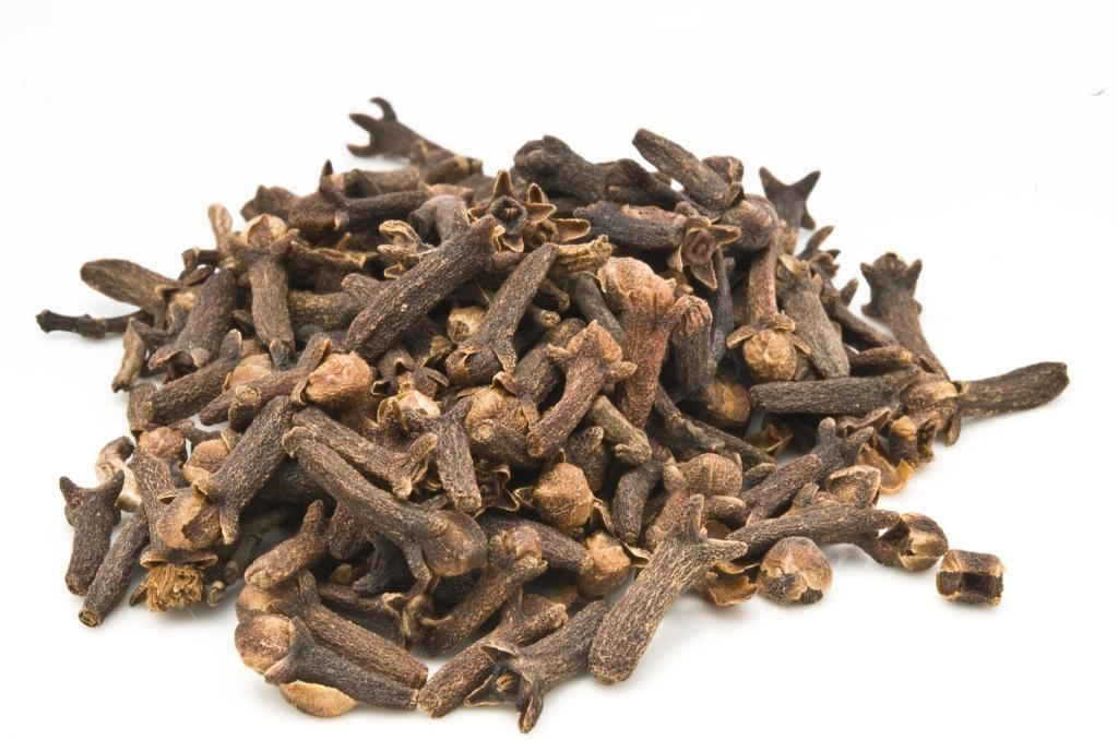 Clove Bud Essential Oil (USDA certified organic)