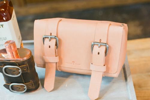 Travel Case    | ColsenKeane Leather  | Charlotte