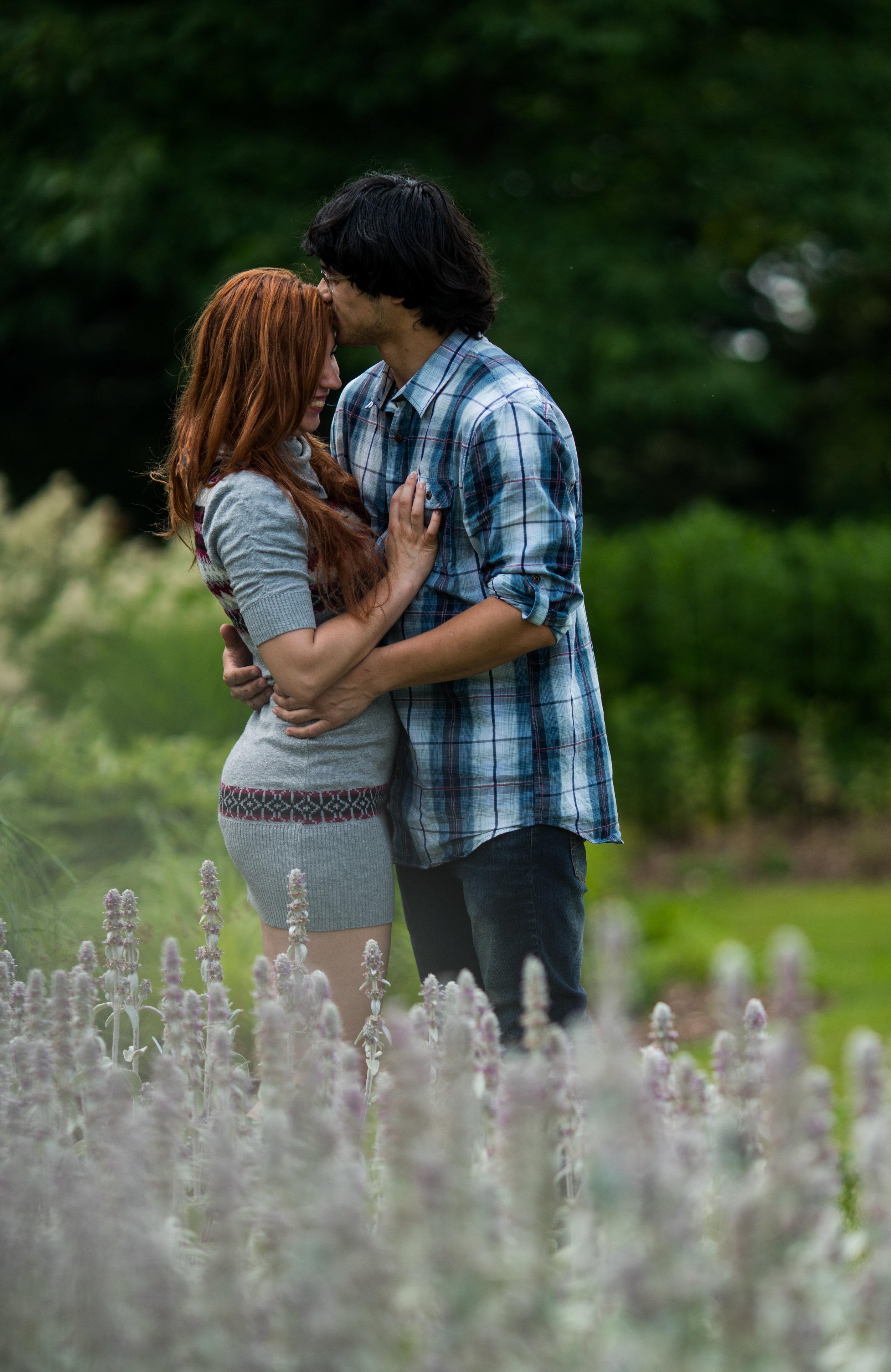 couples portrait | engagement photos | fiance photo | garden photoshoot | michigan engagement | portrait session | michigan state portrait session | kboothmedia