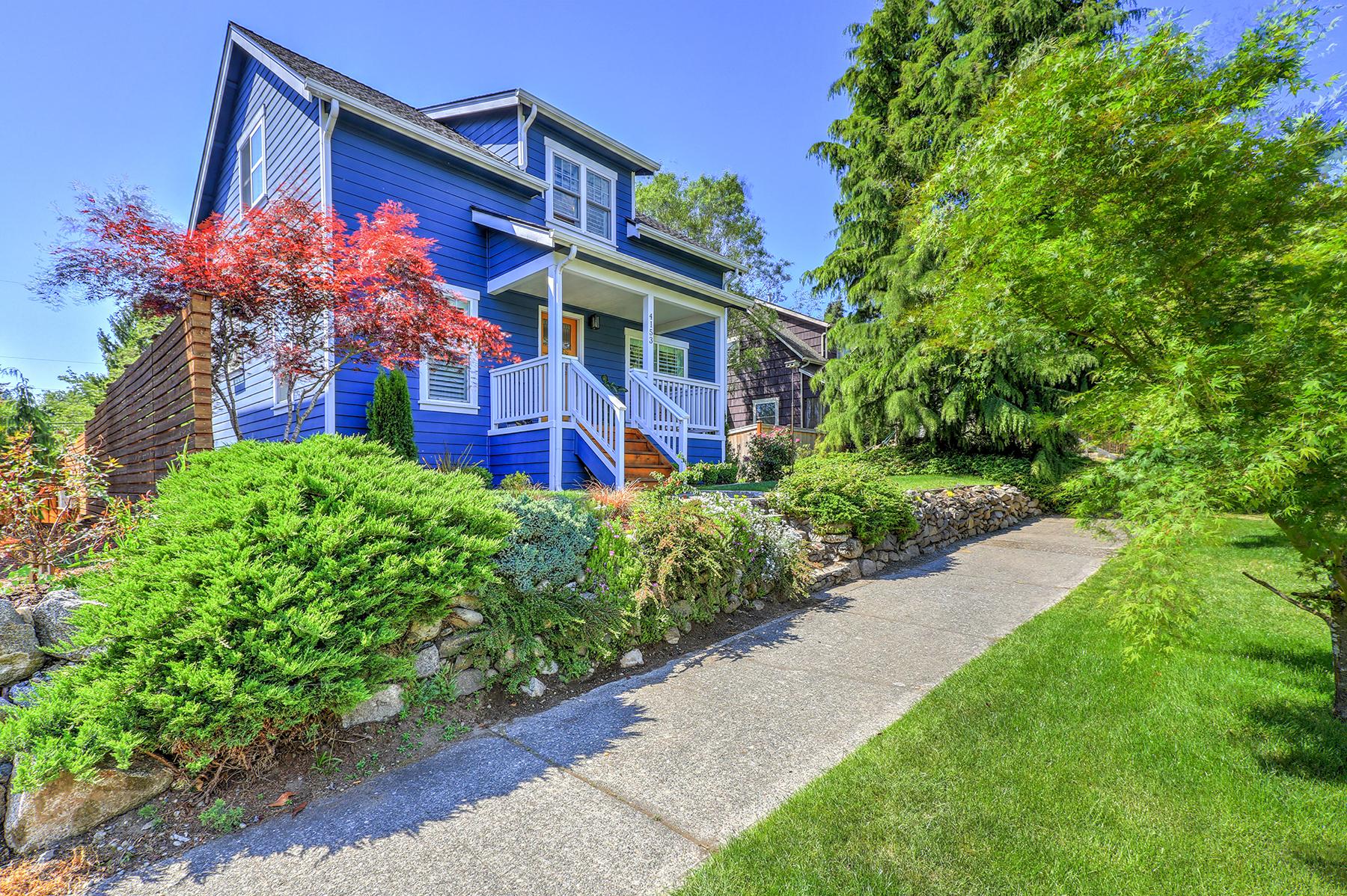 Seattle, Washington //  SOLD at $1,108,000