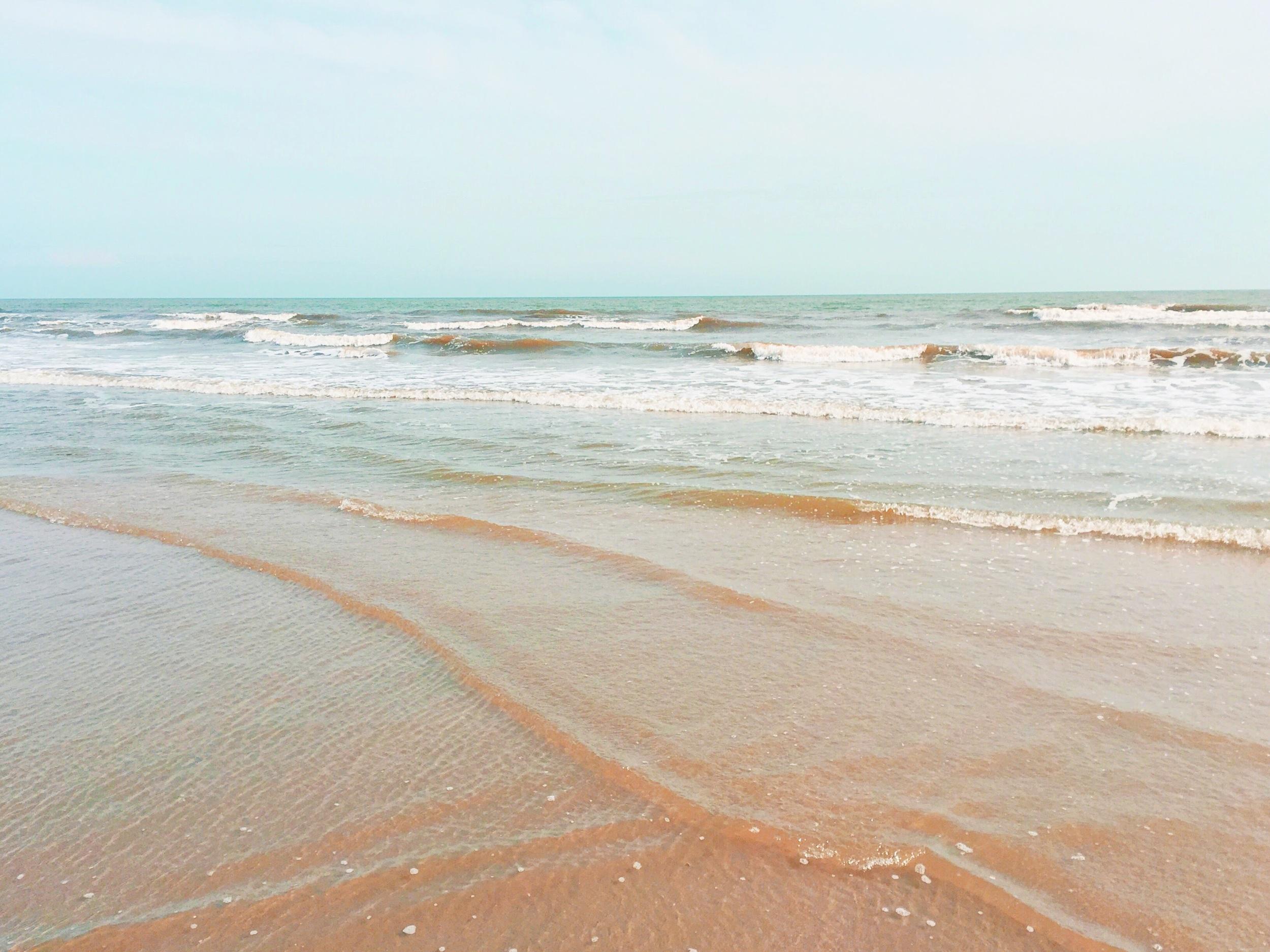 beach-ocean-waves