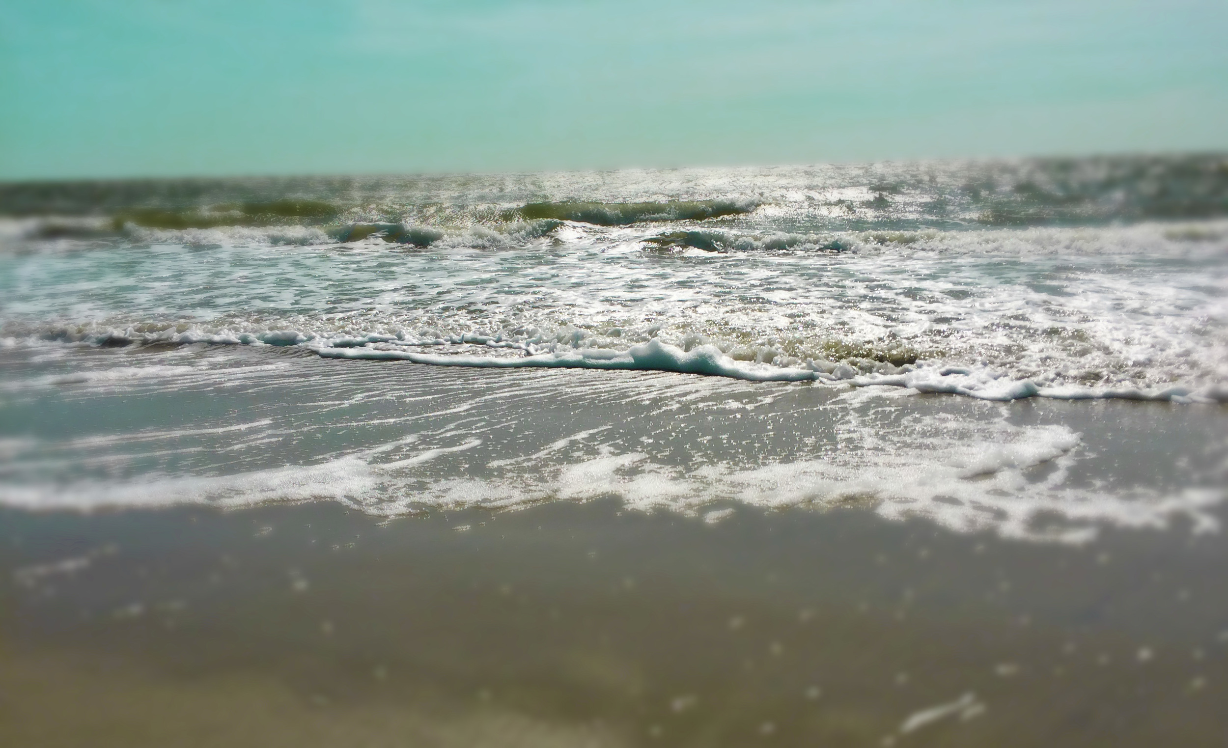 beach-waves-ocean