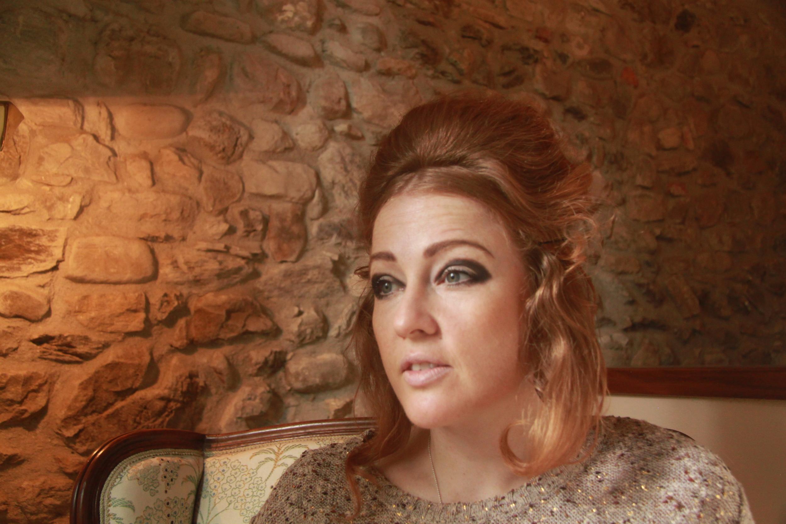 1960s-hair-beehive.JPG