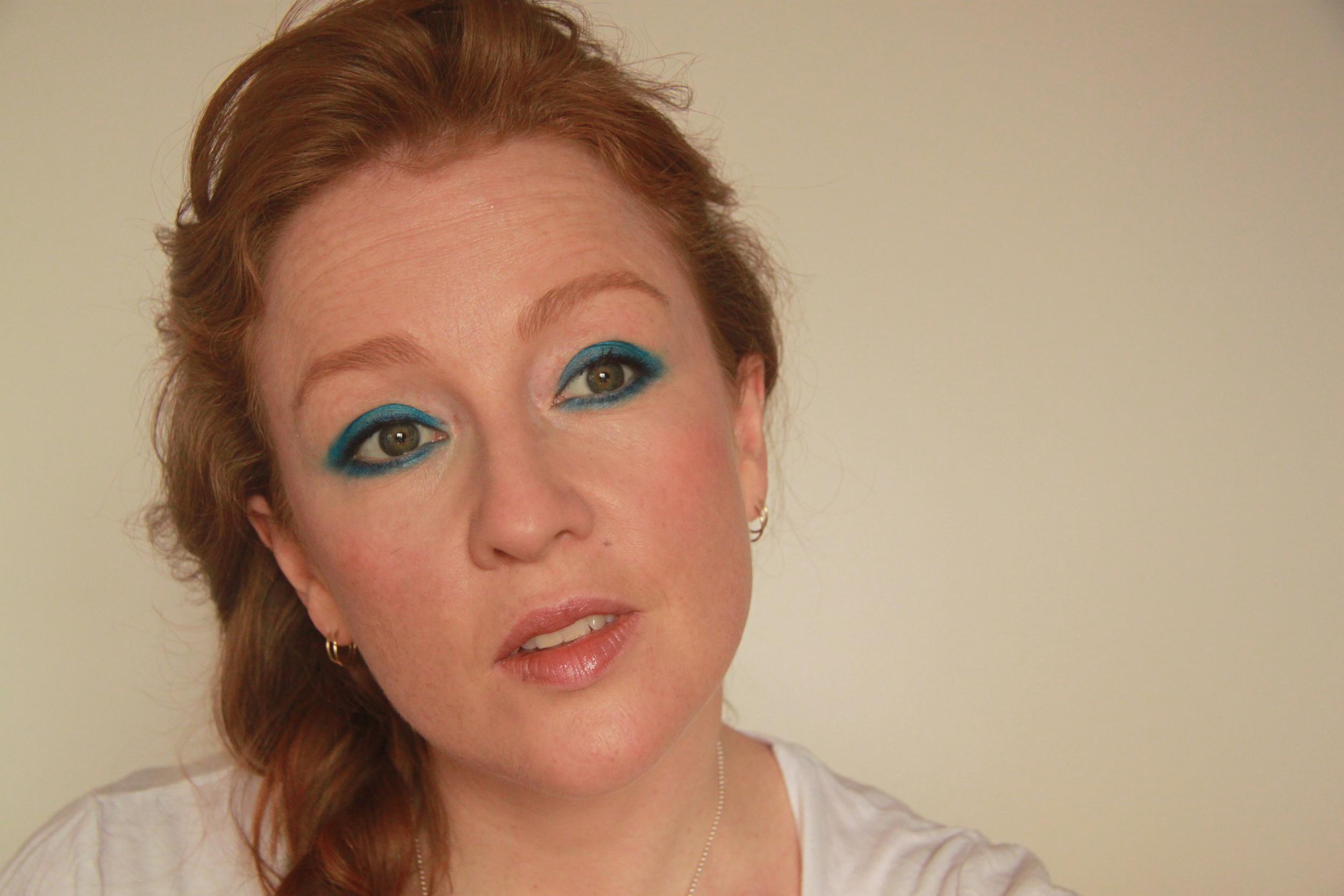 blue-eye-makeup.JPG