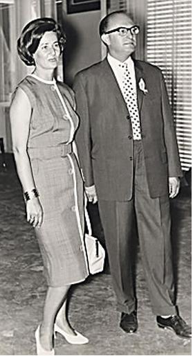 Linde & Dr. Richard Eckstein