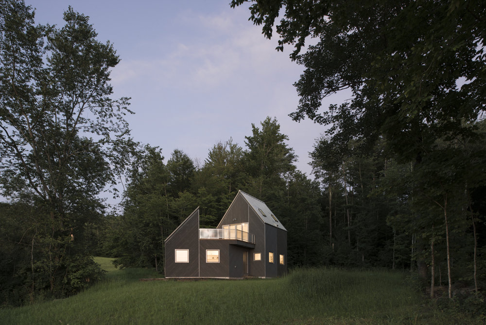 Tunbridge Winter Cabin    A small house/studio in the Green Mountains of Vermont