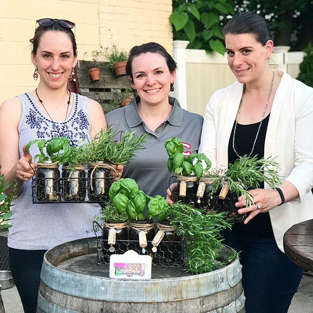 Had fun last night at @soconnwineco making beautiful herb gardens! . . . . . #craftivate #craftivatect  #craftnight #connecticutliving #ctnow #craftstagram #diy #diycrafts #craftclass #ct #connecticutcrafts  #wallingford #wallingfordct #winenight  #ctevents #winery #soconnwineco #wallingfordct #herbgardens