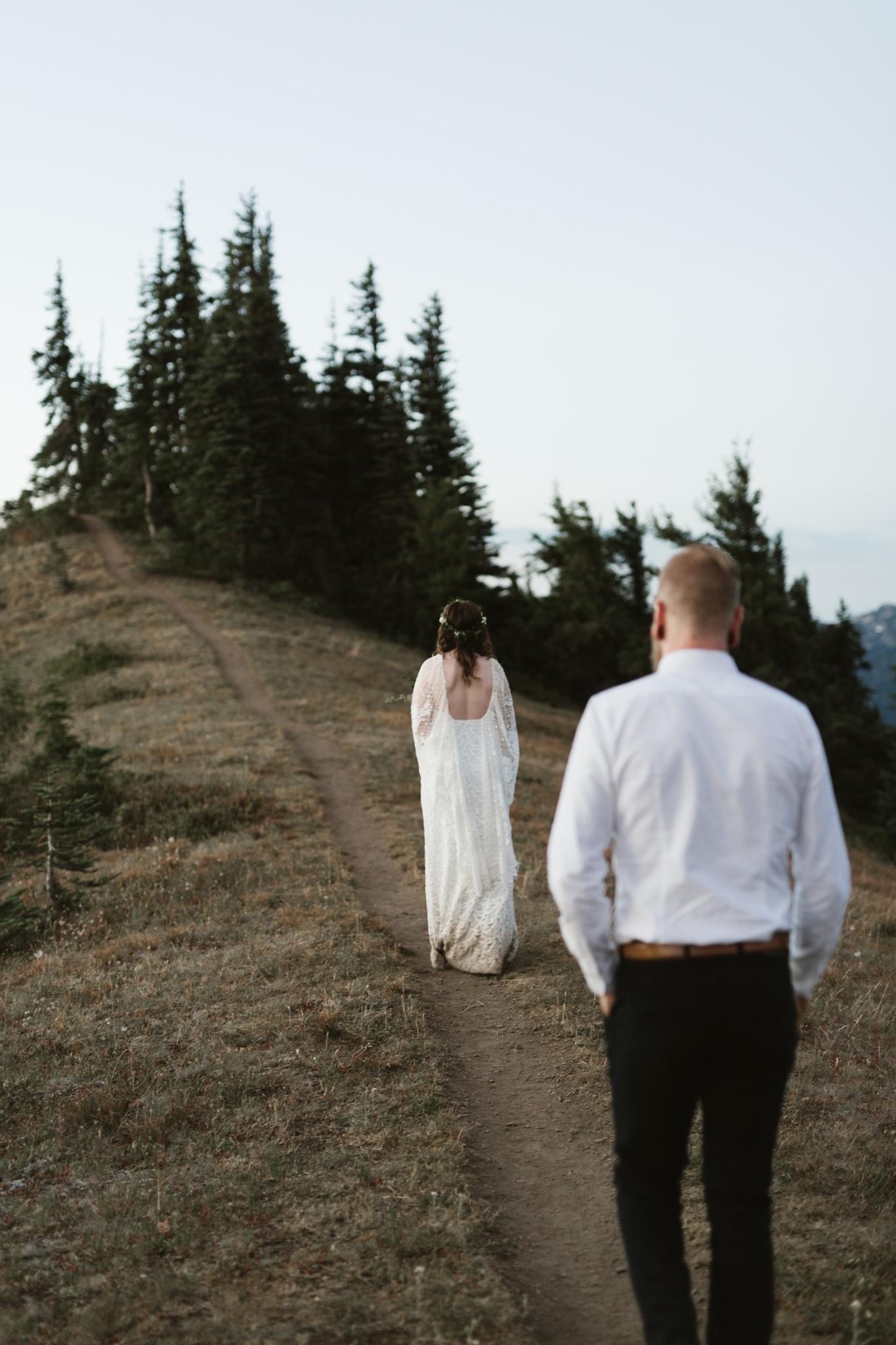 Jesse-Kasie-Hurricane-Ridge-Wedding-16.jpg