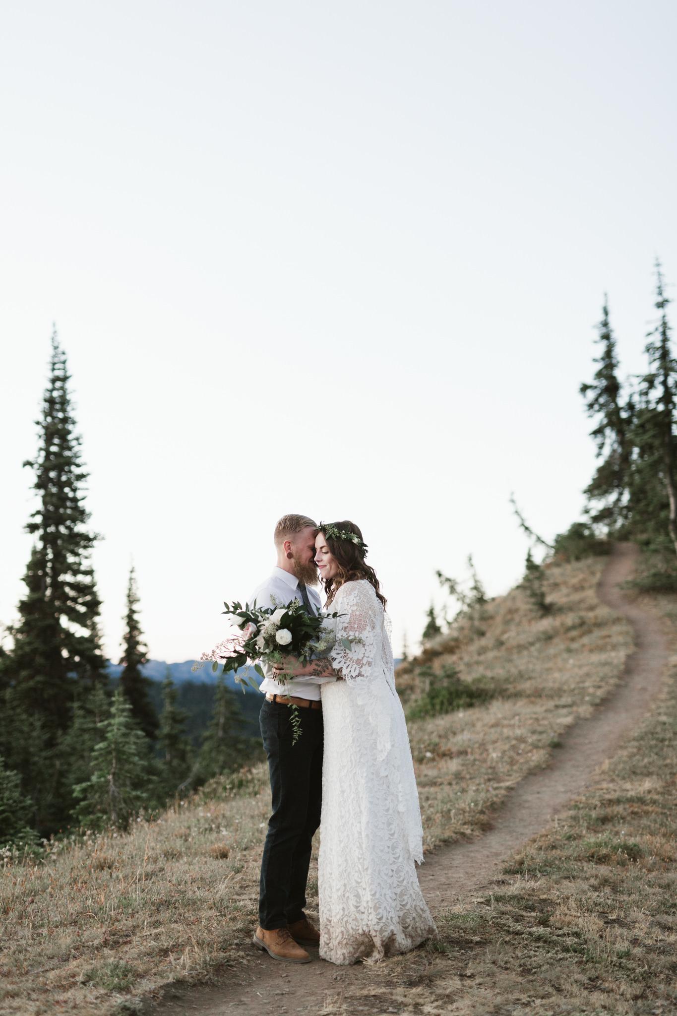 Jesse-Kasie-Hurricane-Ridge-Wedding-17.jpg