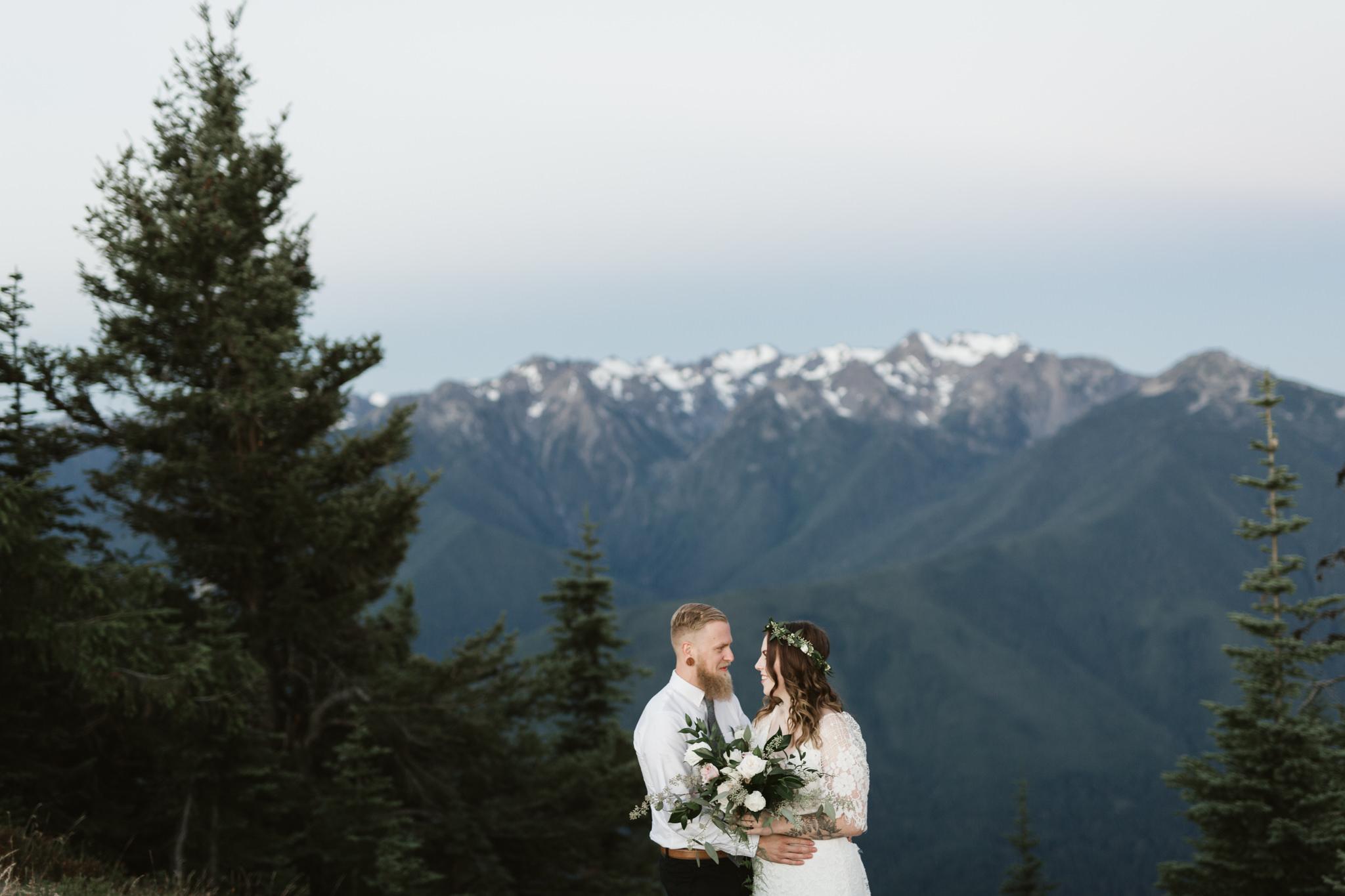Jesse-Kasie-Hurricane-Ridge-Wedding-20.jpg