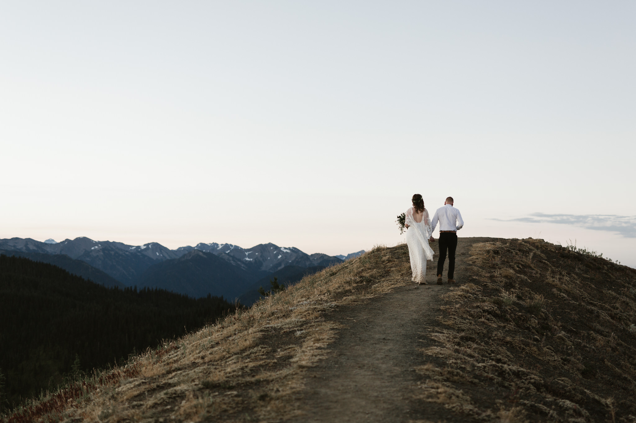 Jesse-Kasie-Hurricane-Ridge-Wedding-23.jpg