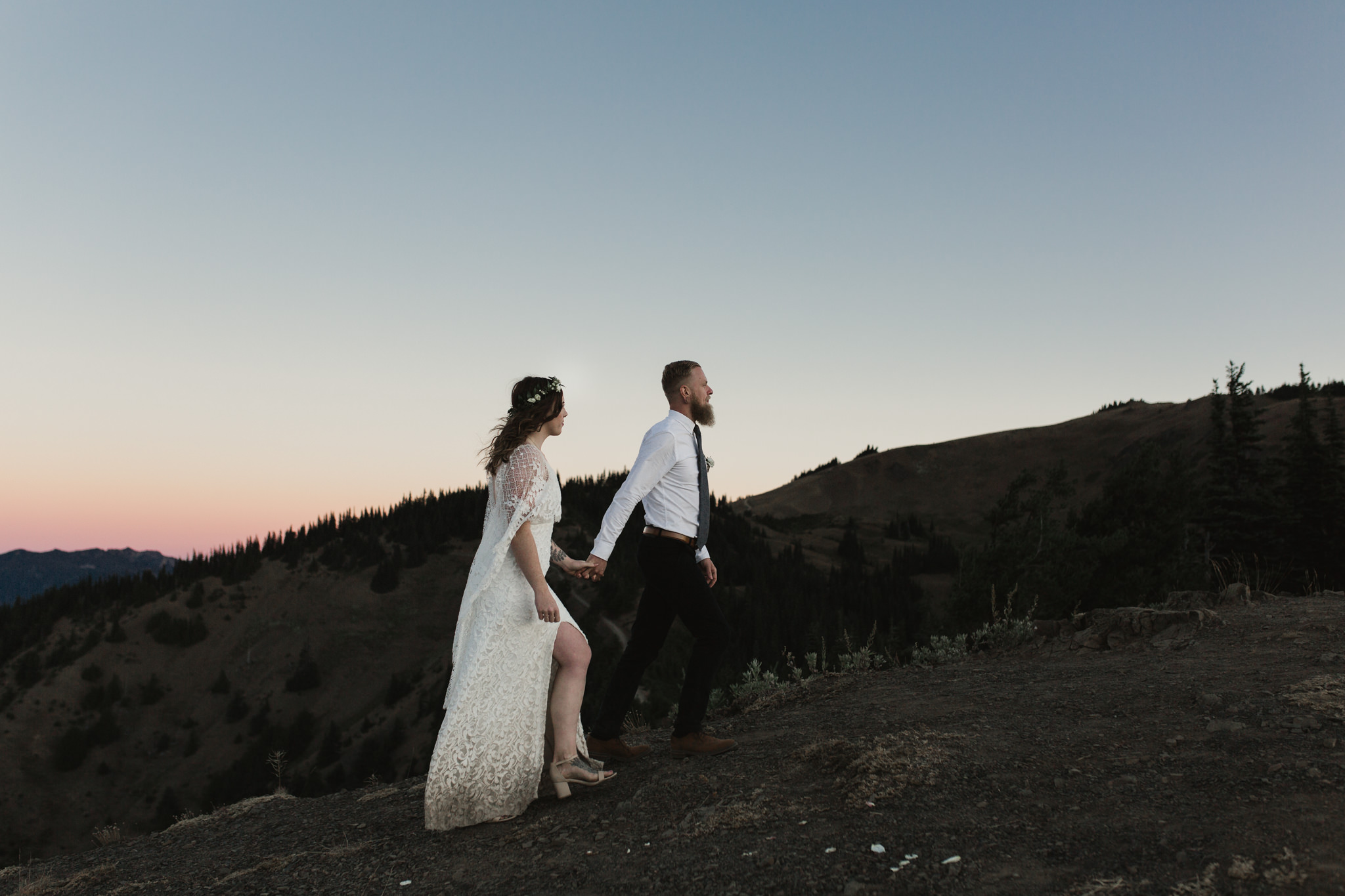 JESSE + KASIE - MOUNTAIN TOP ELOPEMENT