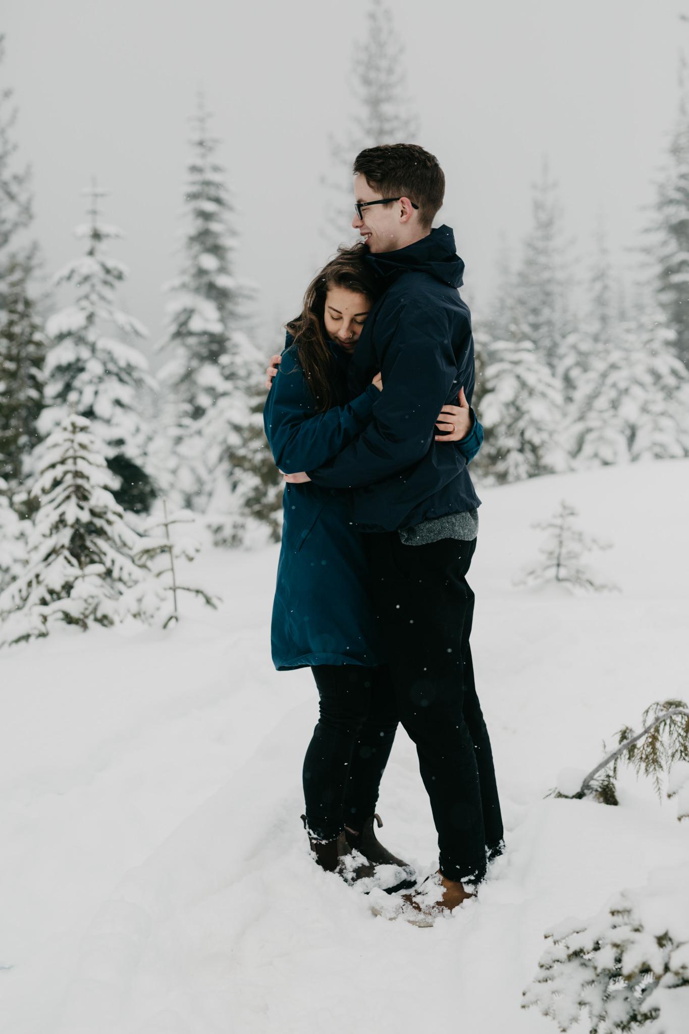 greg+jade-mount-washington-winter-engagement099.JPG