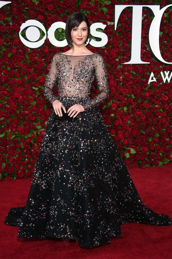 Mary-Elizabeth-Winstead--2016-Tony-Awards--03-662x994.jpg