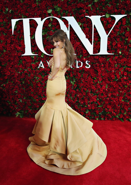 Nordstrom+Red+Carpet+Sponsorship+Tony+Awards+8VTABYuVCcVl.jpg