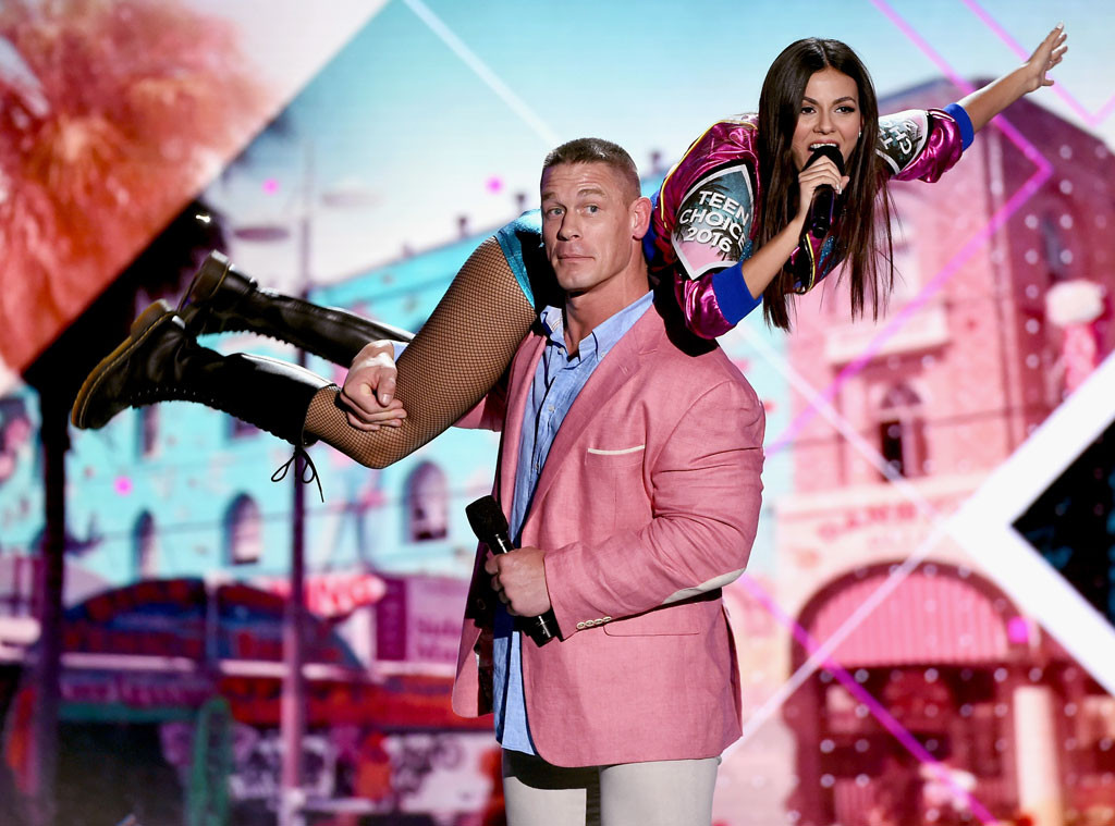 Teen Choice Awards 2016- artistswithin-510