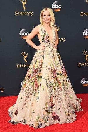 2016 Emmy Awards- artistswithin-452