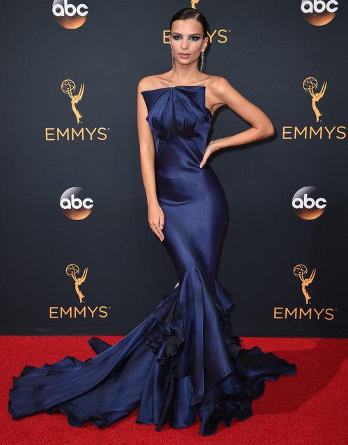 2016 Emmy Awards- artistswithin-455