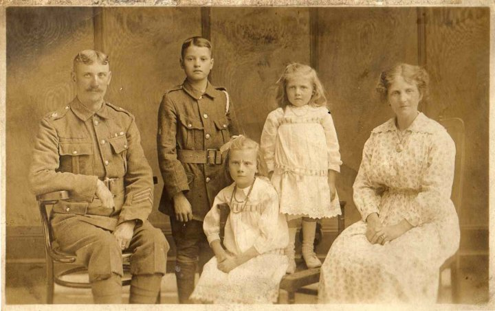 James, Francis Henry Stewart Speirs, Alice, Elizabeth and Mary McDonald Speirs about 1914. Glasgow, Scotland.