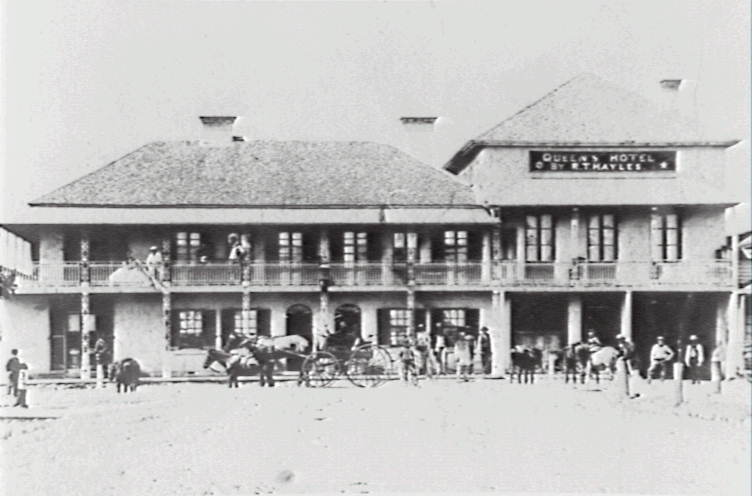 Photo: Queens Hotel. Wollongong City Library, Image Number,   P02/P02893.