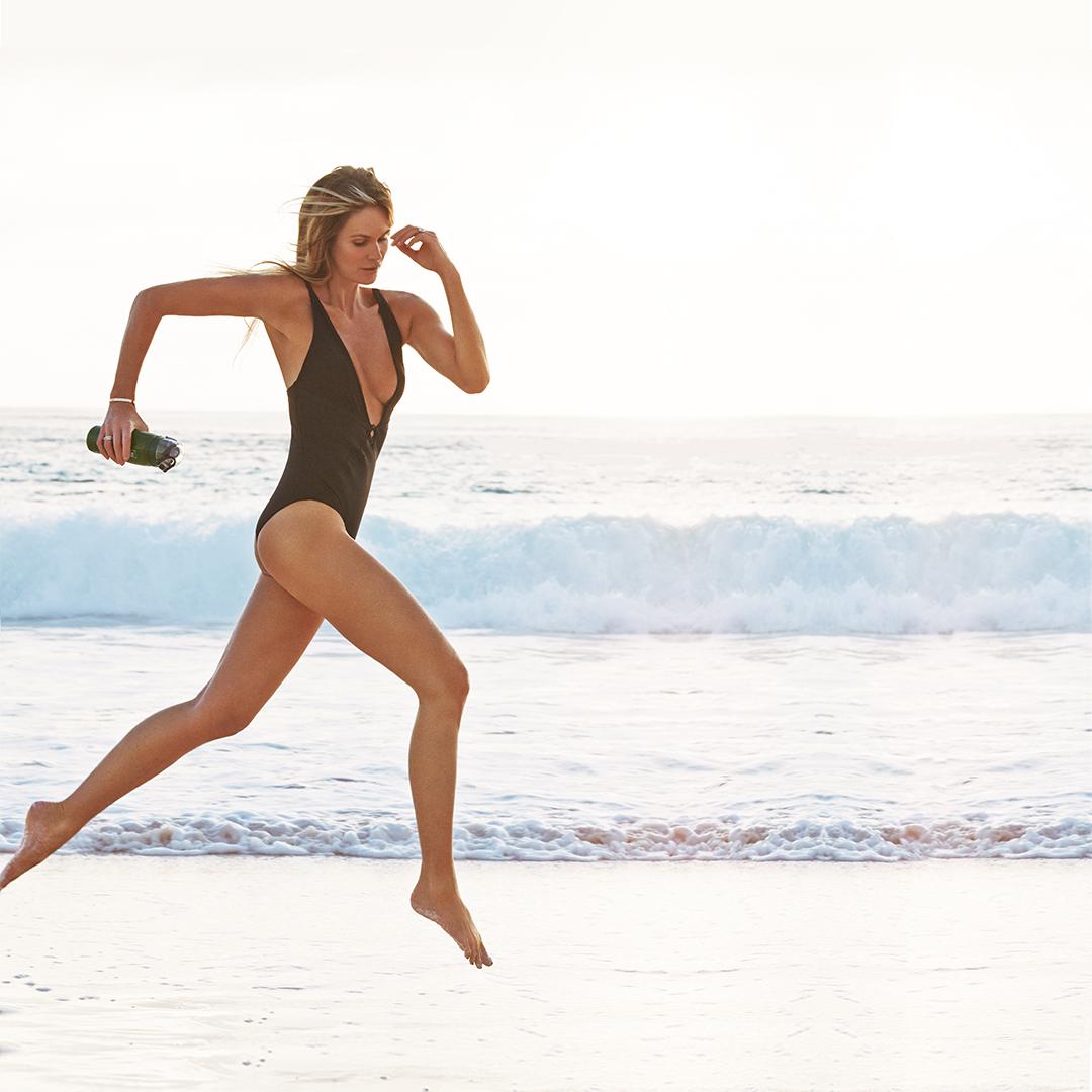 Elle Macpherson Welleco 4 Week Body Challenge with Elyse Knowles 1.JPG