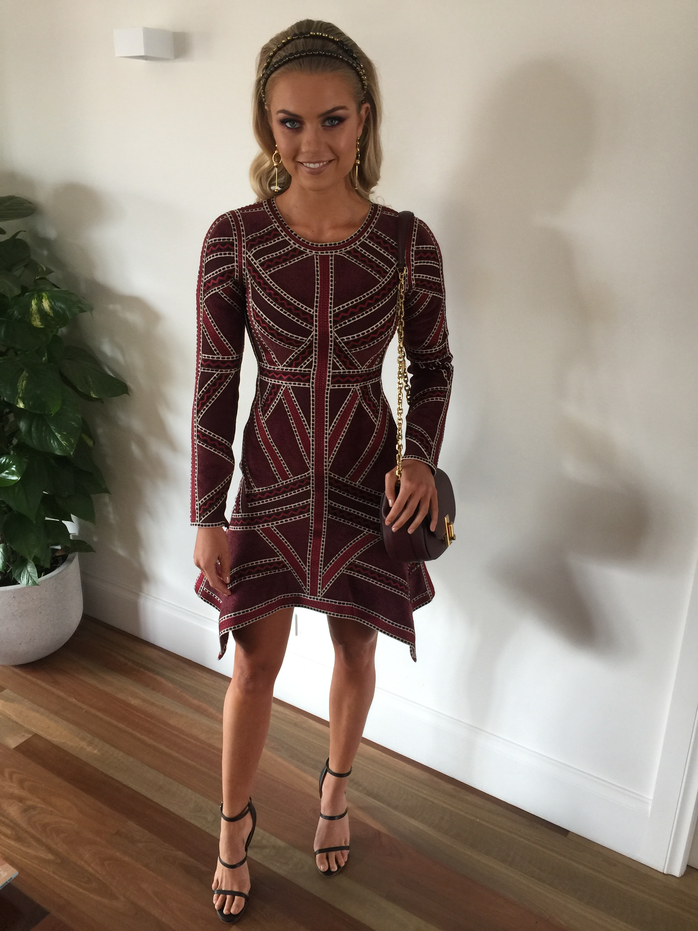 Elyse Knowles Melbourne Cup Day 2016  1-11-16, 10 40 23 am.jpg