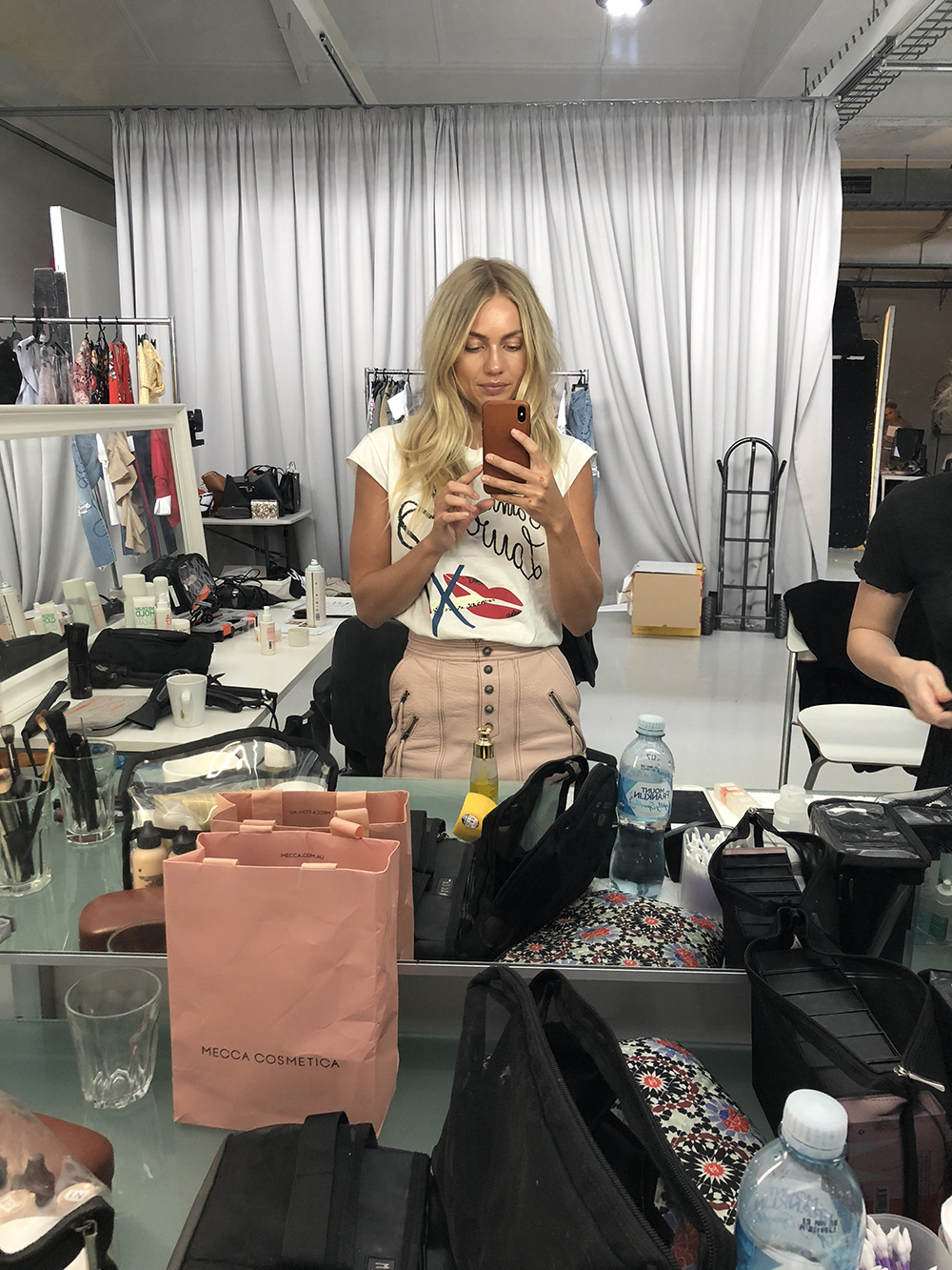 Elyse Knowles Myer Beauty BTS0.jpg