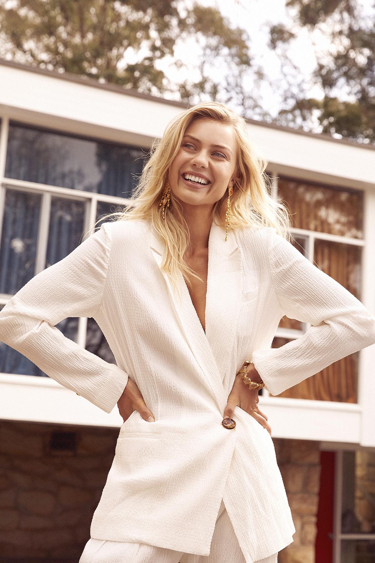 Elyse Knowles STM Perth September 16th 2018 5.jpg