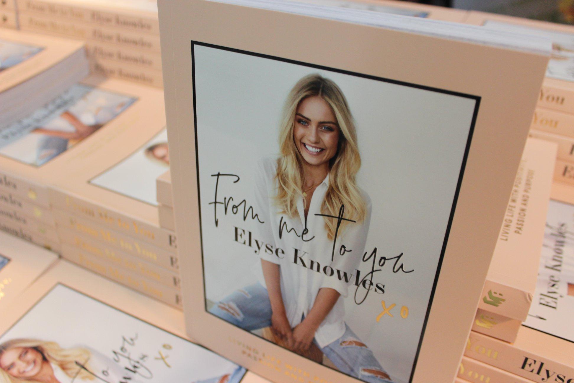 ELYSE KNOWLES BOOK SIGNING 2.jpg