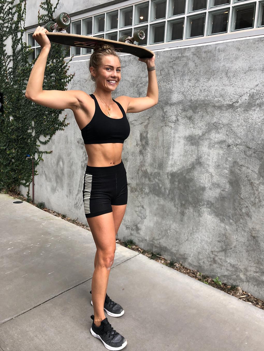 Elyse Knowles Skateboard Workout 2019