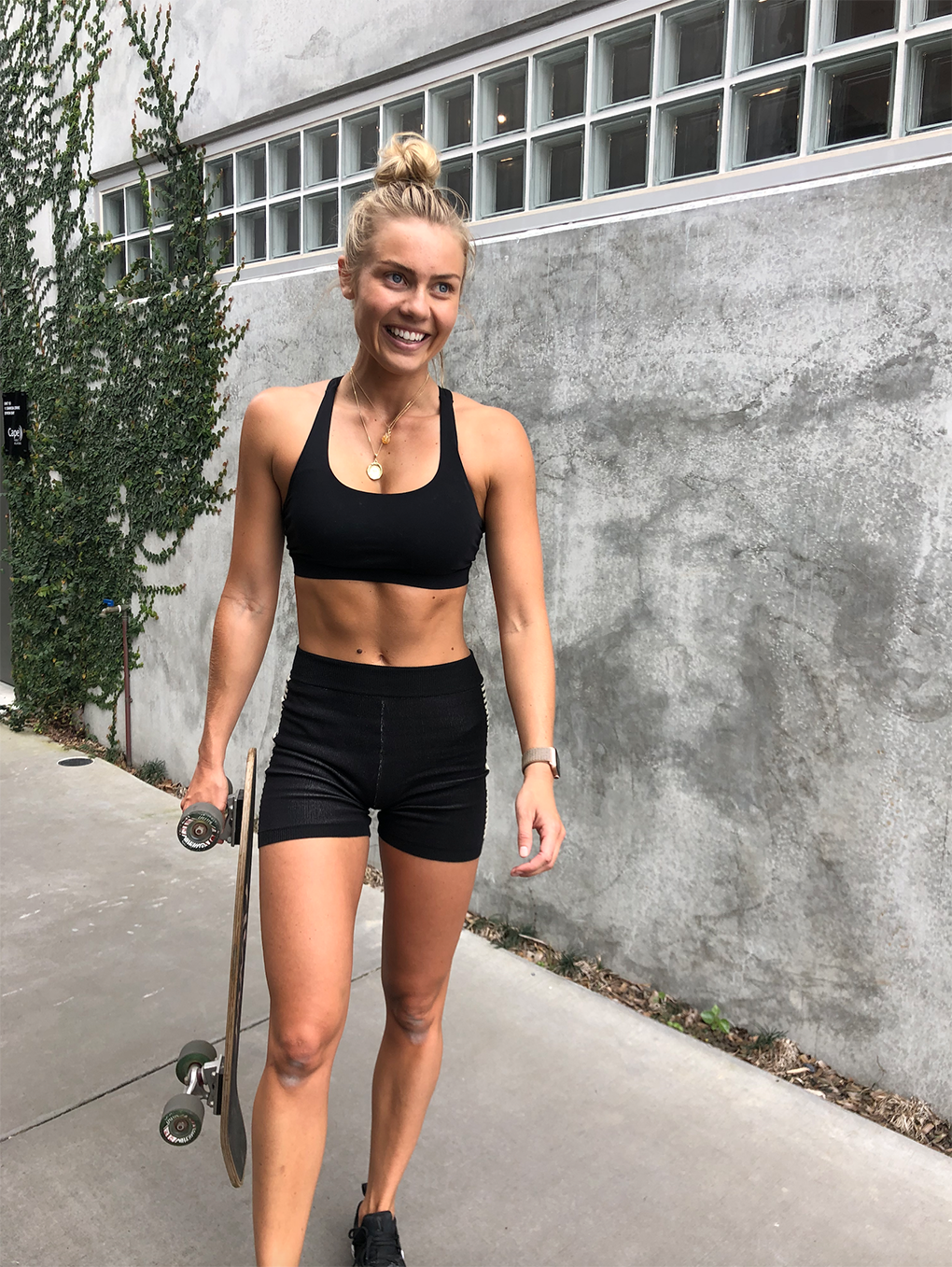 ELYSE KNOWLES SKATEBOARD WORKOUT OCT 2019 4.png