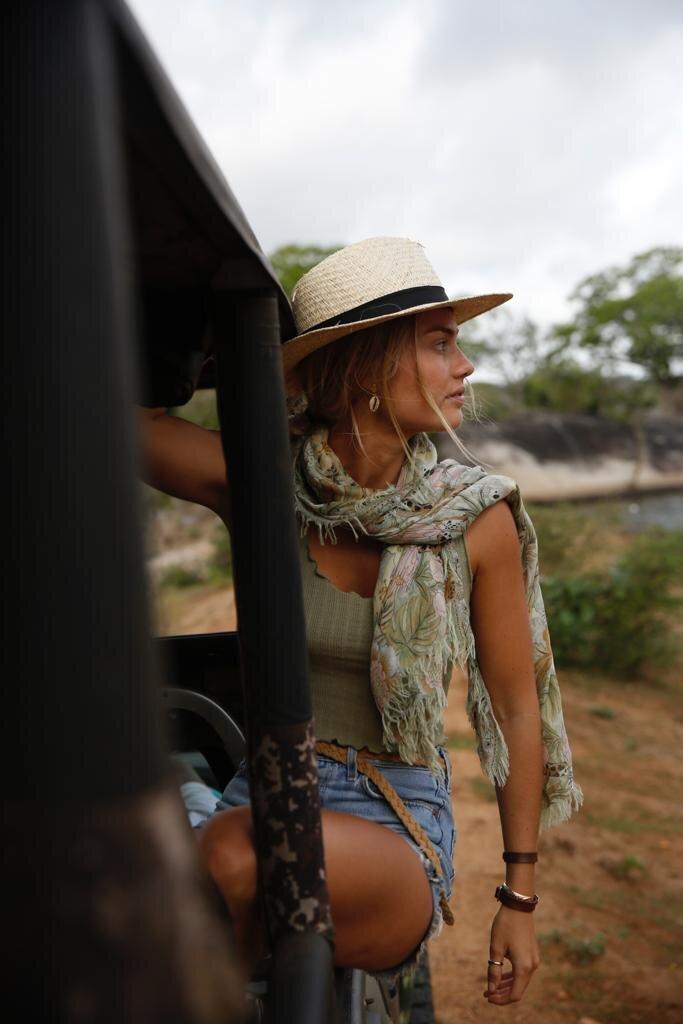 Elyse Knowles Sri Lanka
