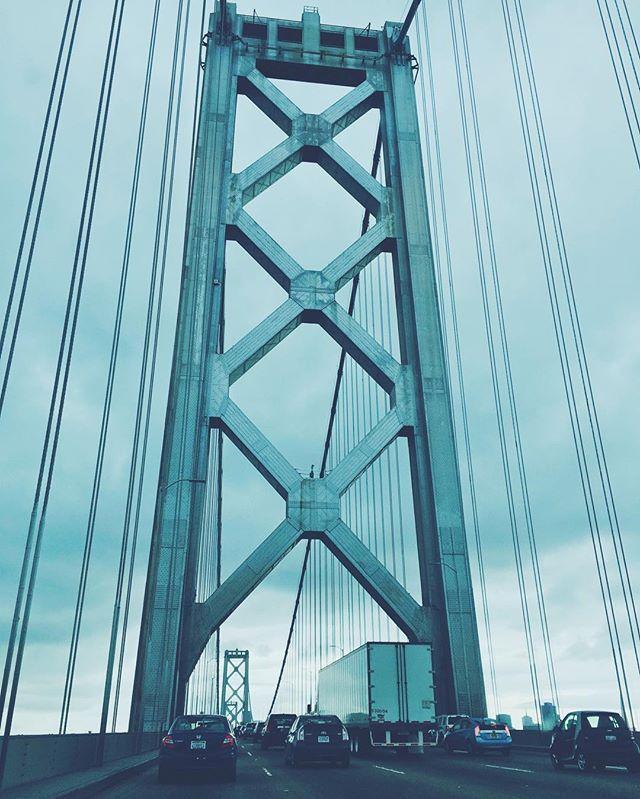 Epic bridge. #onephotoadayinmay  #vsco #vscocam #vscogood #fresh #frolicwithme #sanfrancisco #bayarea #baybridge #blue #travel #drive #openroad #bigcity #city