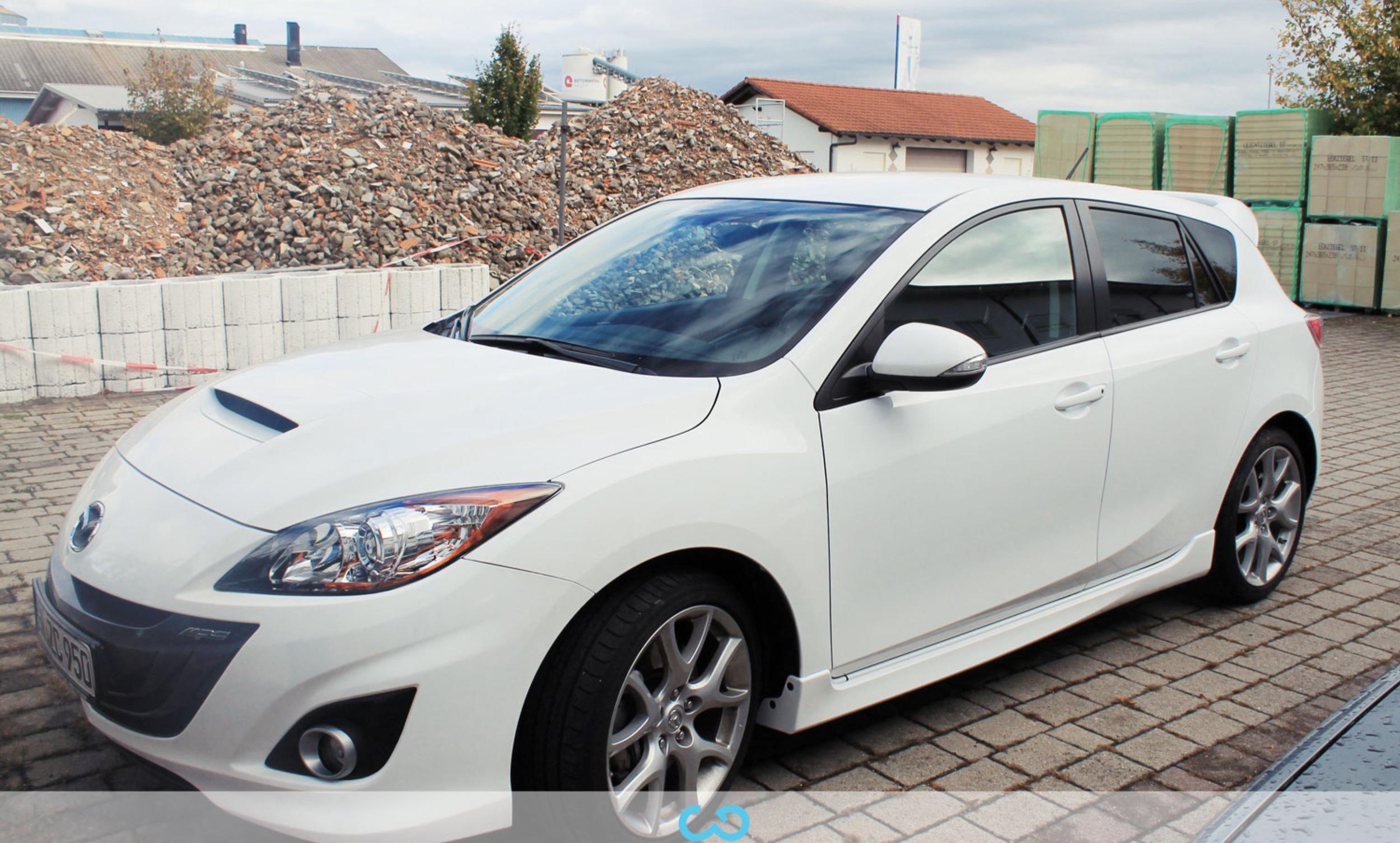 autofolierung-car-wrapping-2-vollfolierung-mazda-weiss-2012-10-07-2.jpg