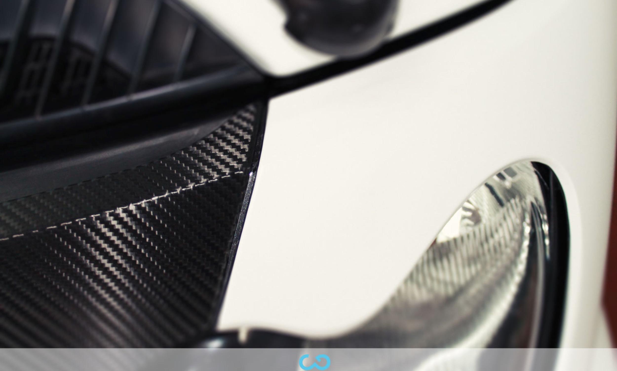 autofolierung-car-wrapping-3-vollfolierung-teilfolierung-carbonfolie-smart-weiss-2012-10-12-4.jpg
