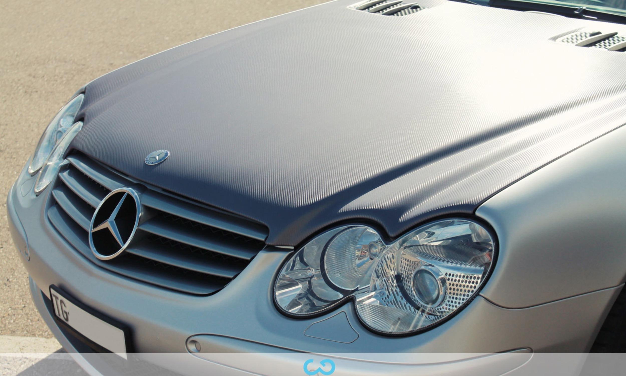 autofolierung-car-wrapping-4-teilfolierung-carbonfolie-mercedes-silber-2012-10-12-1.jpg