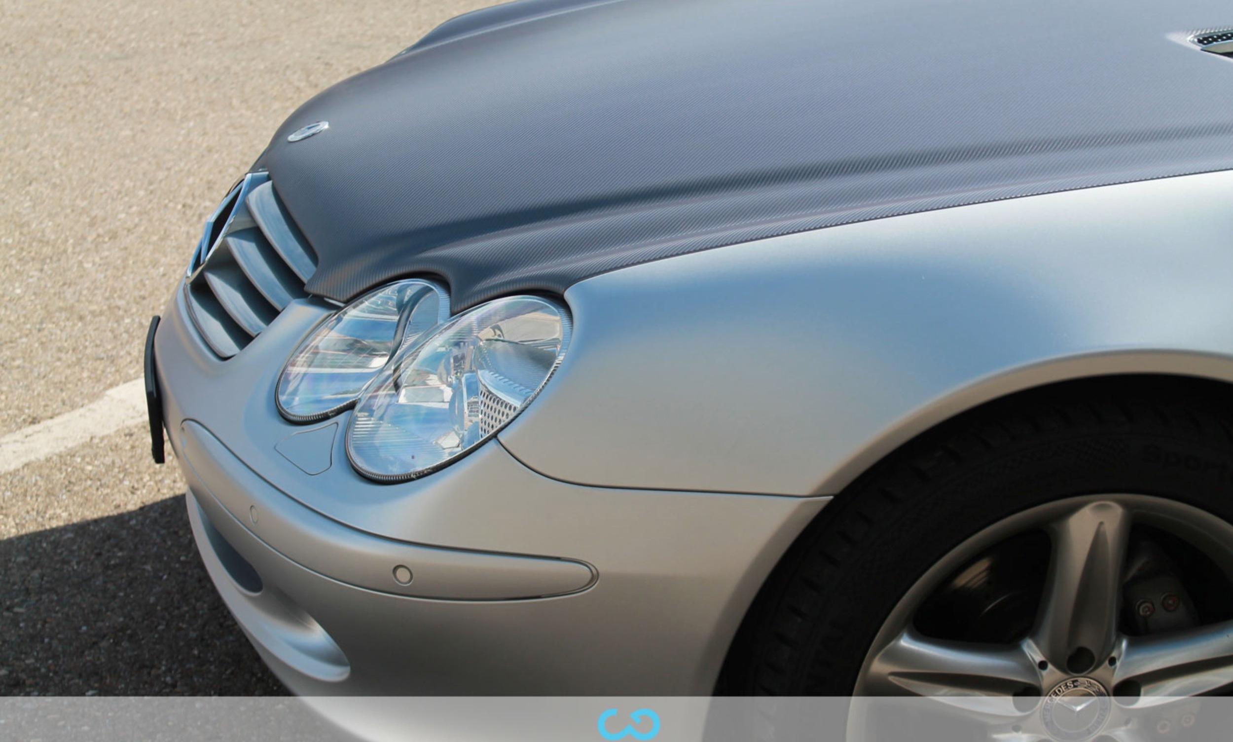 autofolierung-car-wrapping-4-teilfolierung-carbonfolie-mercedes-silber-2012-10-12-5.jpg