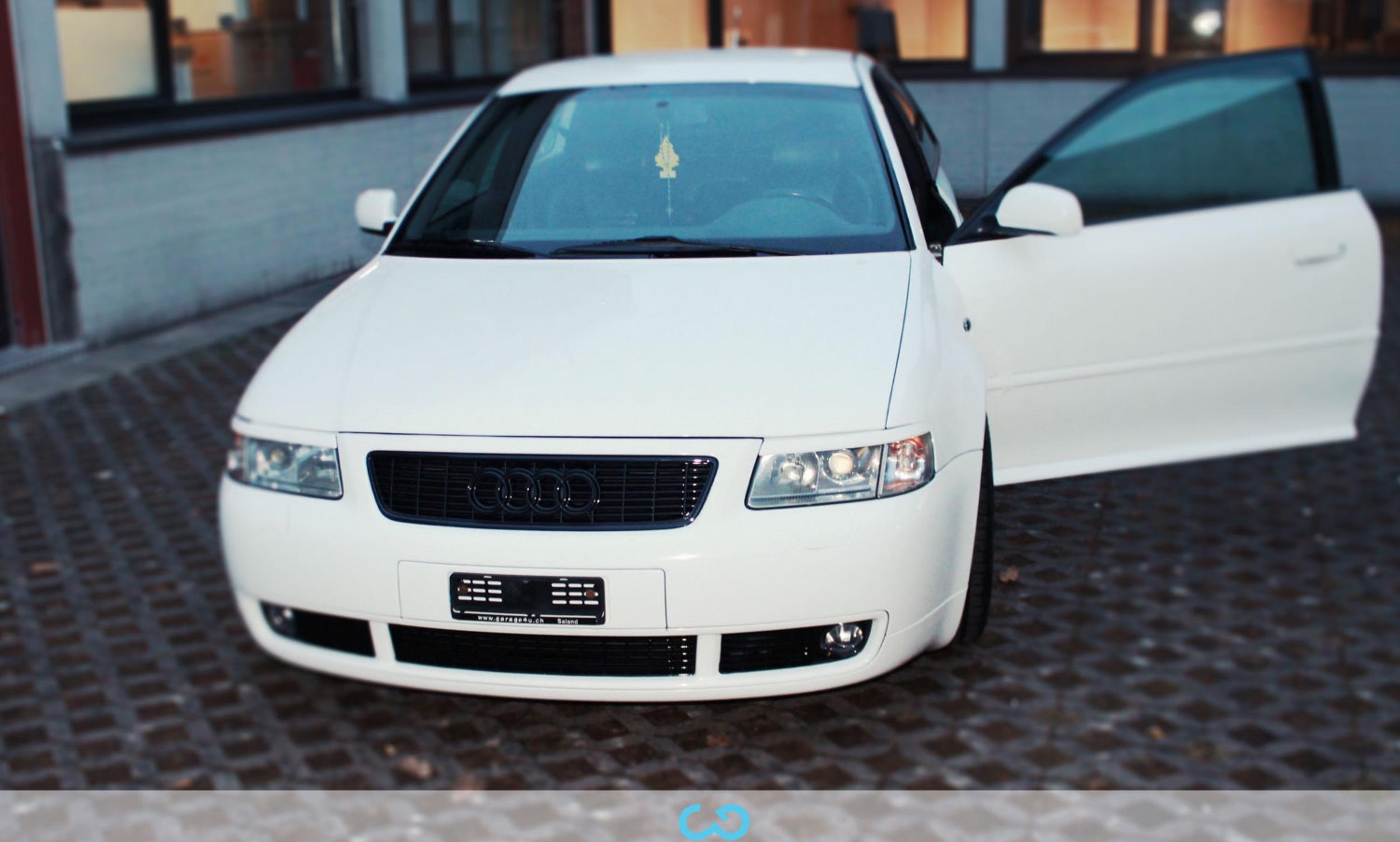 autofolierung-car-wrapping-7-vollfolierung-weiss-glanz-audi-a3-reihe-2013-04-05-4.jpg