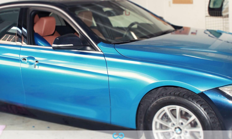 autofolierung-car-wrapping-11-vollfolierung-blau-metallic-bmw-3er-reihe-2013-12-24-4.jpg