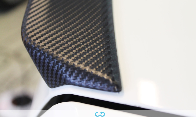 autofolierung-car-wrapping-17-teilfolierung-mercedes-amg-c63-carbon-2014-04-10-8.jpg