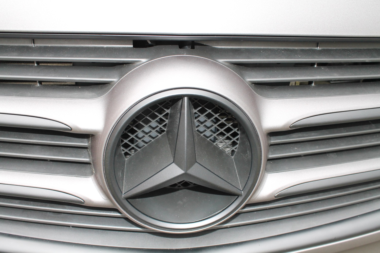 2015-06-22-car-wrapping-mercedes-bus-5.jpg