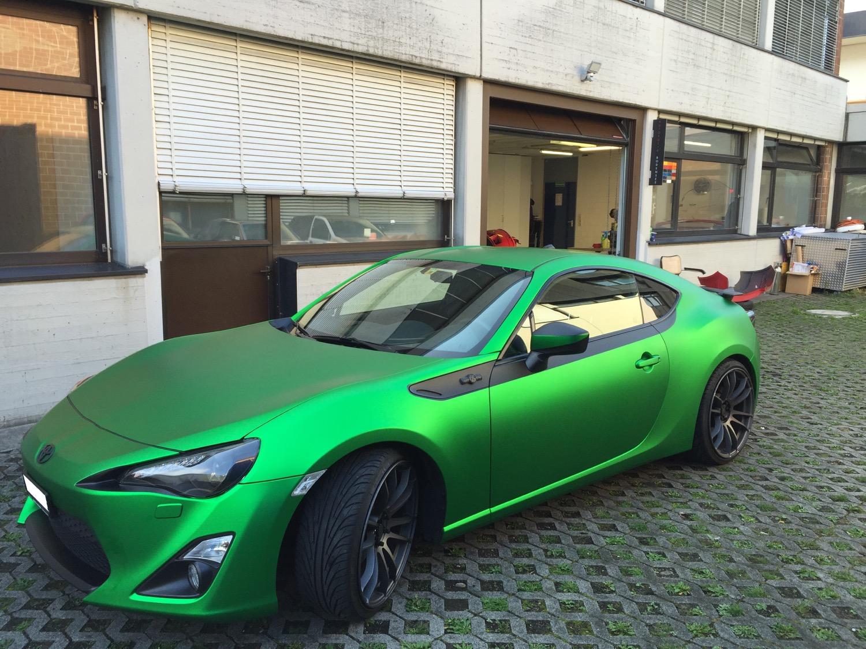 2015-09-12-car-wrapping-mazda-2.jpg