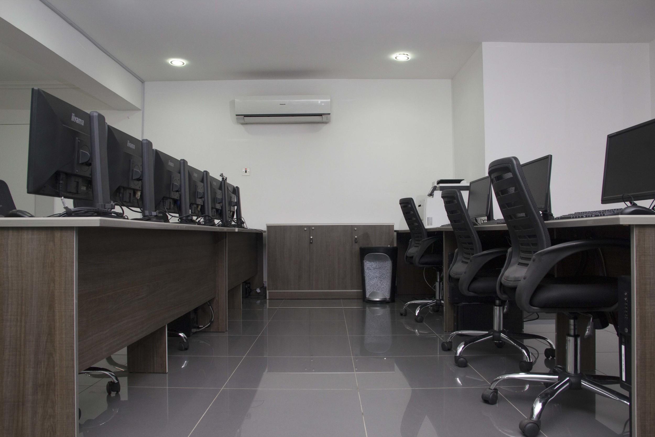 Row of Computers.jpg