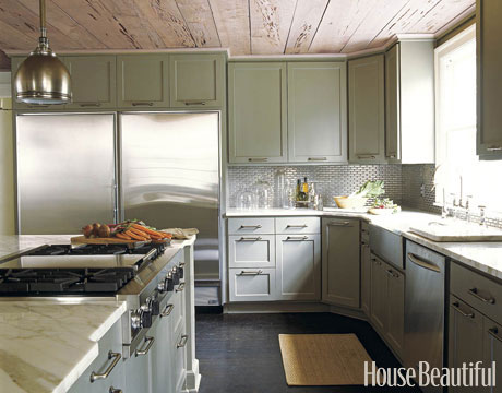 gray+painted+kitchen+cabinets.jpg