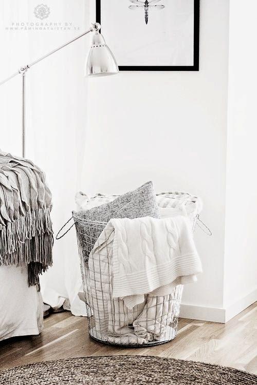 wire+laundry+basket.jpg