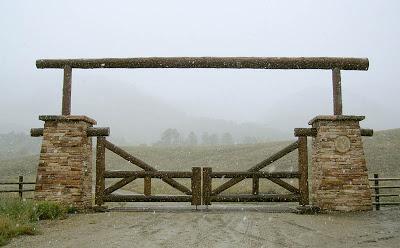 calgary+ranch+gate.jpg